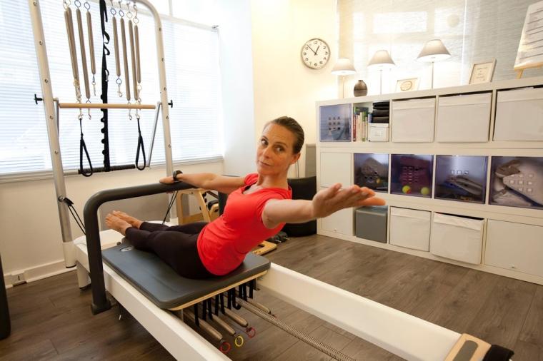 Spine stretch Reformer